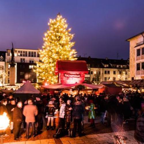 Mittelalterlicher Weihnachtsmarkt.Mittelalterlicher Weihnachtsmarkt 01 12 2018